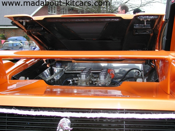 DC Supercars Ltd - DC Roadster. Roadster engine access