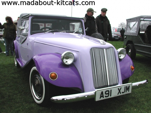 Deauville Cars - Canard. Two tone Violet Canard