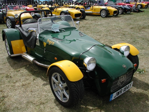 Tiger Sportscars - Super 6. BRG and Yellow perfect match