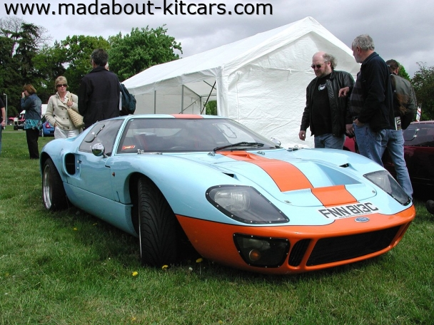 GTD Supercars - GTD40. Looks great in Gulf colours
