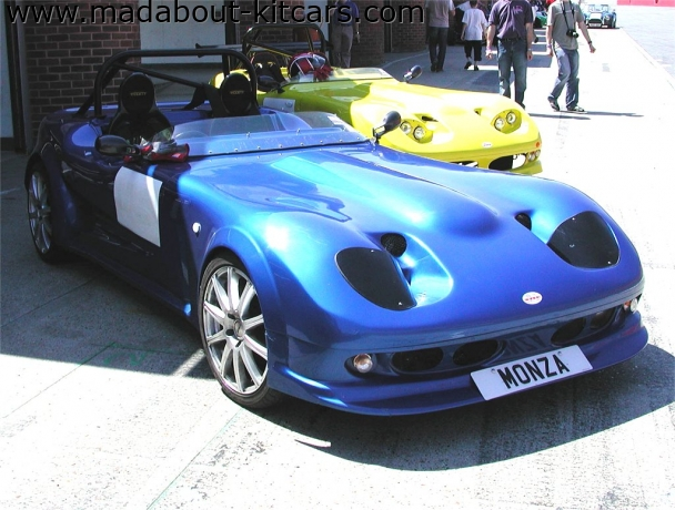 Image Sports Cars Ltd - Monza. Pair of Monzas at Brands