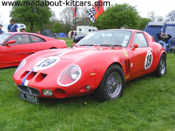 Roy Kelly - 250GTO. For Porsche 924944 donors