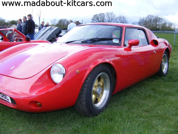 Rawlson - 250 LM. bodywork very straight